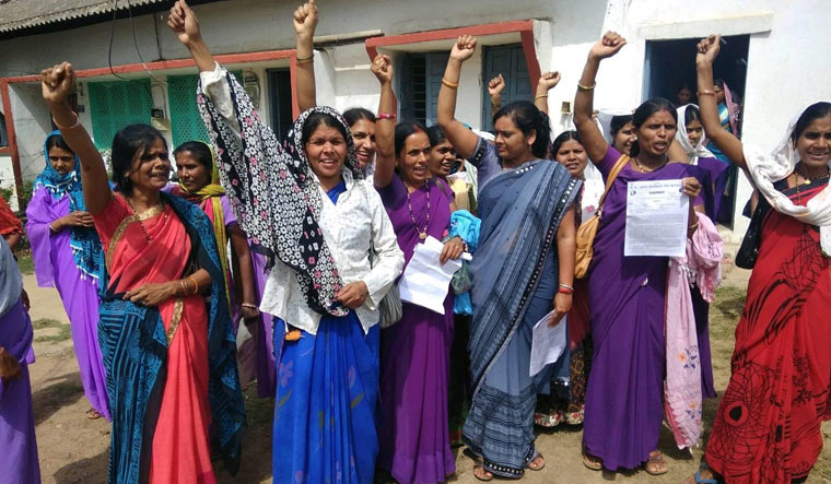 ASHA workers protesting