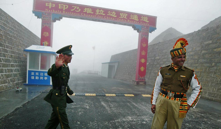 india-china-soldiers-afp