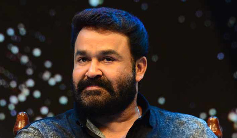 COVID-19: Mohanlal interacts with healthcare staff, sings for them
