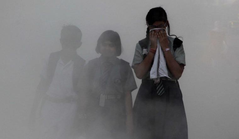 smog-children-delhi