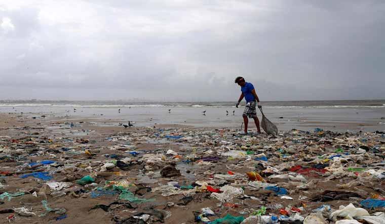plastic-pollution-sea