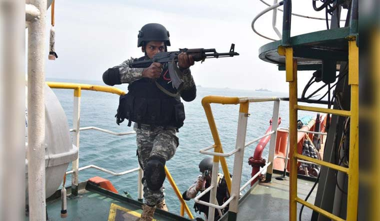 Indian-navy-commando-anti-hijacking-operation-PIB