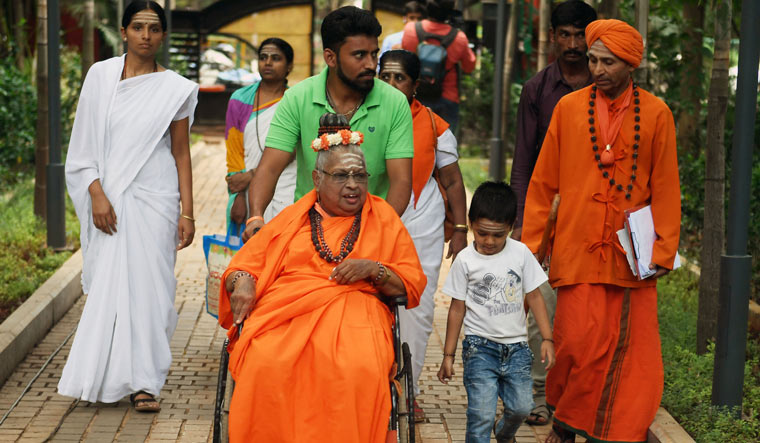 A firebrand pontiff, Mate was spearheading a movement demanding a separate religion status for the Lingayats | Bhanu Prakash Chandra