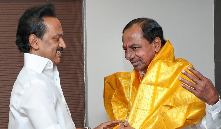 DMK in touch with BJP, claims Tamil Nadu BJP president