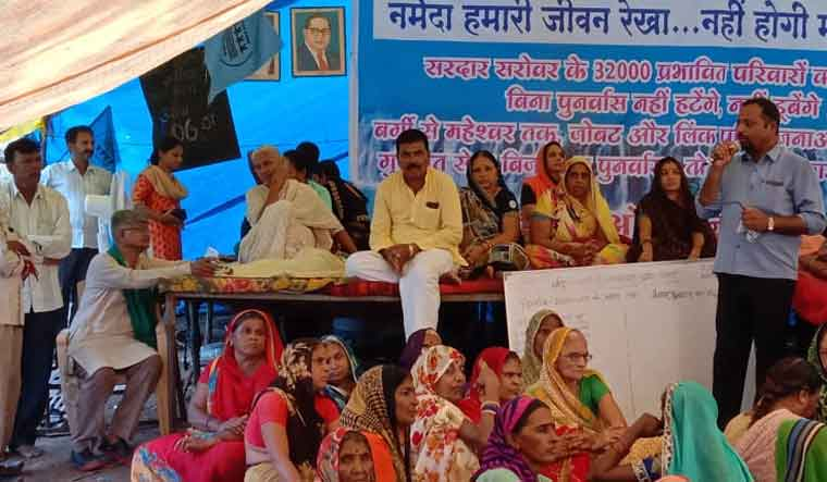 Sardar Sarovar: Medha Patkar's health deteriorates as hunger strike enters 7th day – The Week – 31.8.19