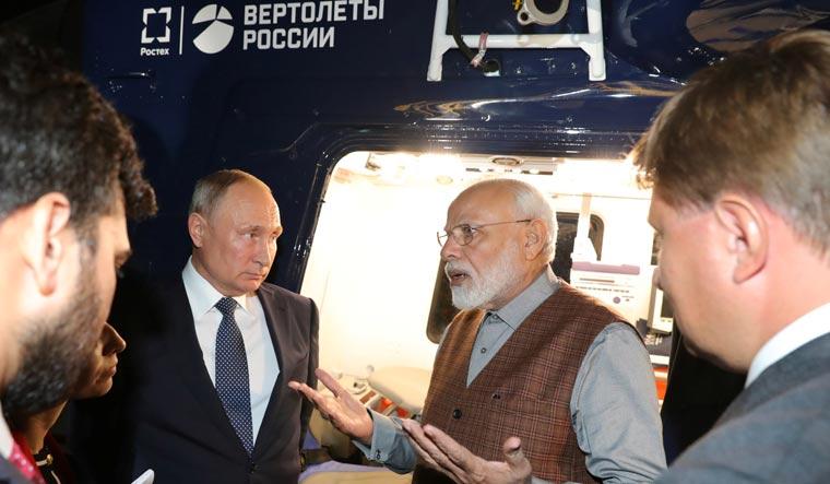 Modi putin ka-226t reuters