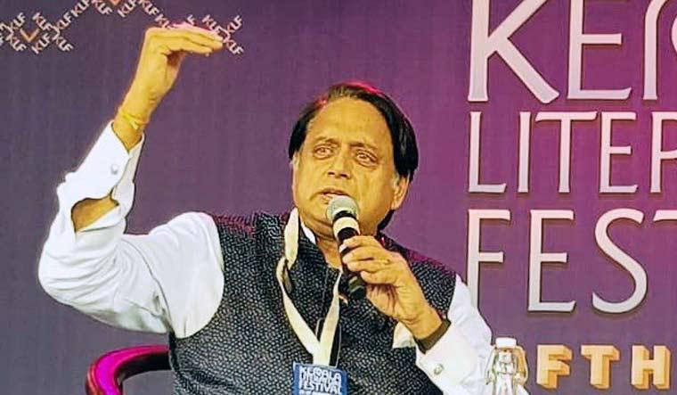 shashi-tharoor-kerala-literary-festival-twitter