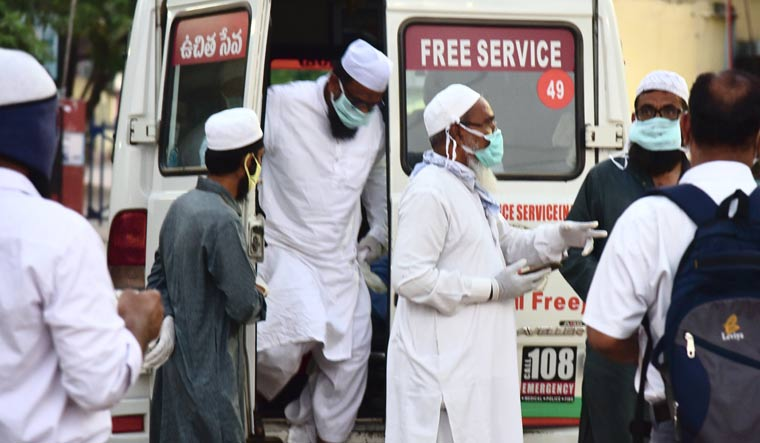 Markaz-nizamuddin-attendees-ambulance-telangana-PTI