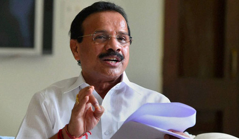 People below 45 years to get COVID-19 vaccine soon, says Union minister