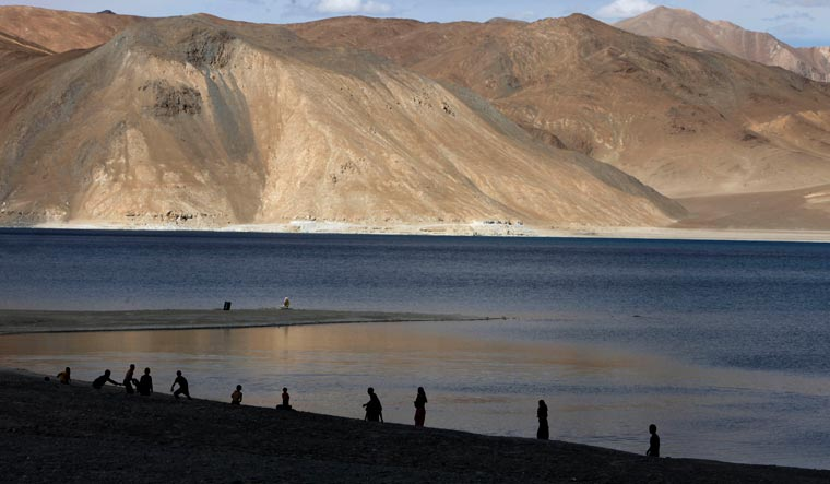 Pangong-Lake-India-China-Ladakh-AP
