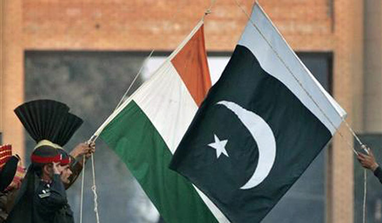 India-Pak-Flags-Reuters