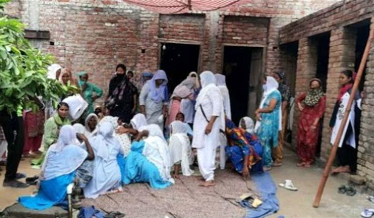 Punjab-hooch-liquor-tragedy-mourning-Sourced