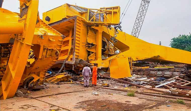 vishakapatnam-vizag-crane-collapse-pti