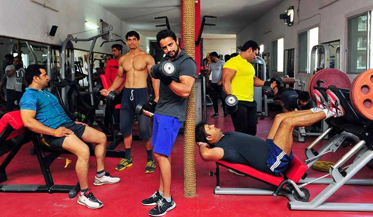 gym-exercise-working-out-aayush