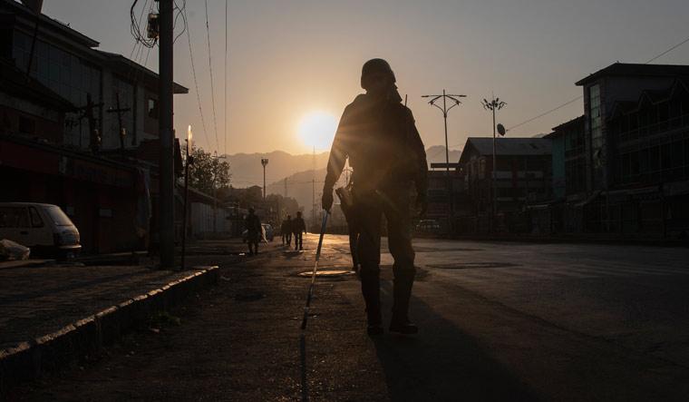 srinagar-army-patrol-ap