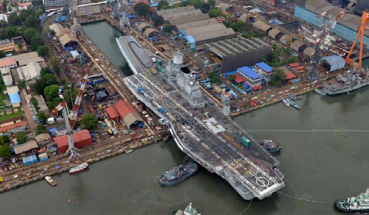 INS-Vikramaditya-dock-Cochin-Shipyard