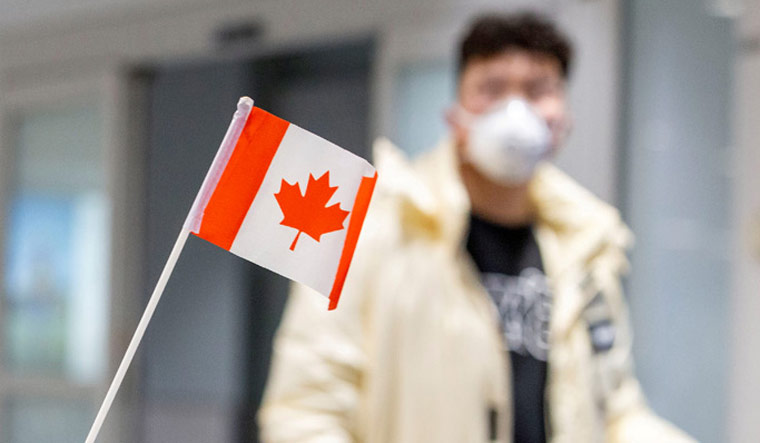 HEALTH-CORONAVIRUS/CANADA