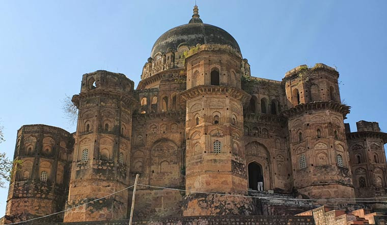 mousoleum-chhatrasal