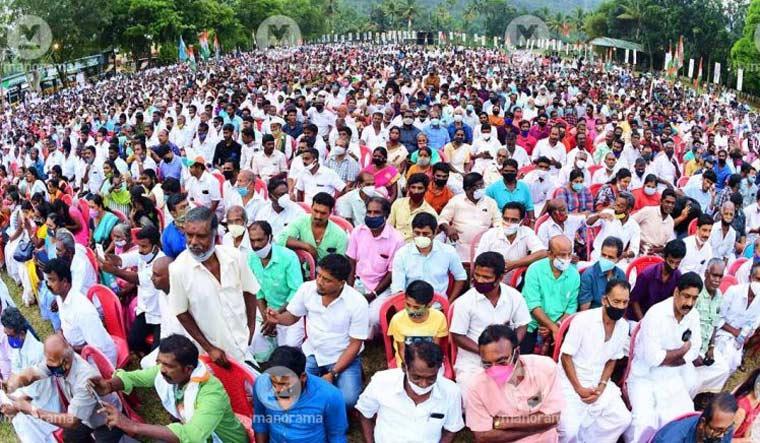 kerala-poll-gathering