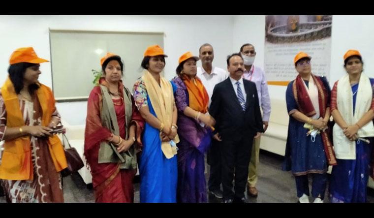Members of the 'Dekho Apna Desh' tour