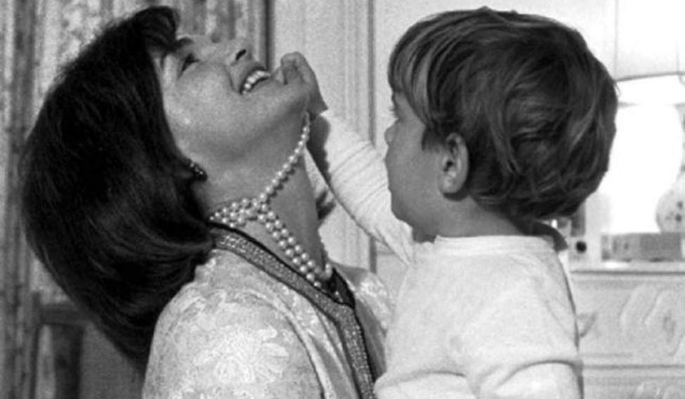 Jacqueline Kennedy maternity dress, family photos up for auction