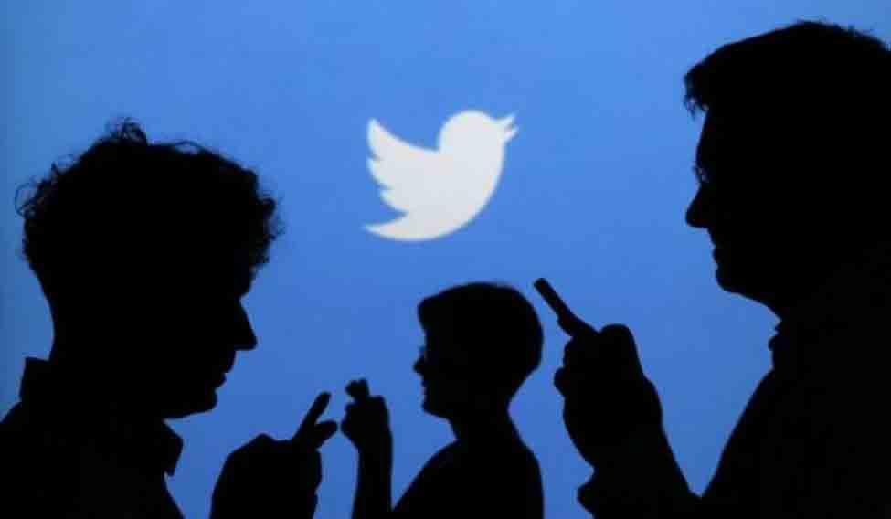 eating-social-media