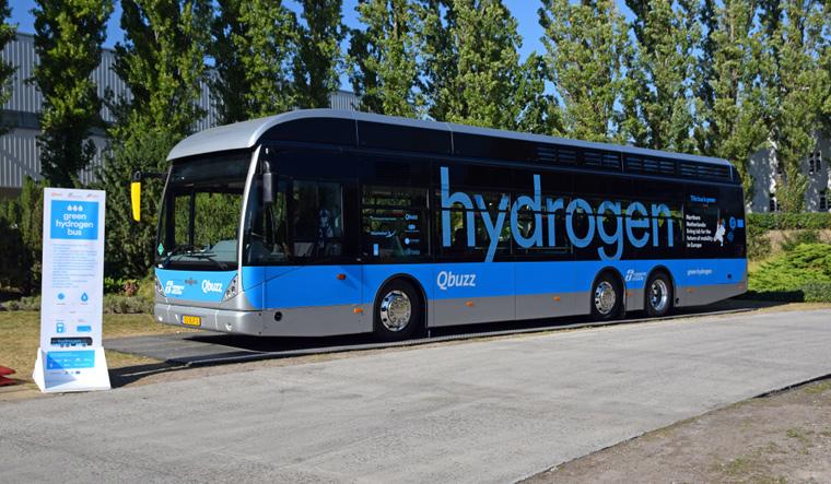 hydrogen-fuel-bus-energy-clean-envorment-shut