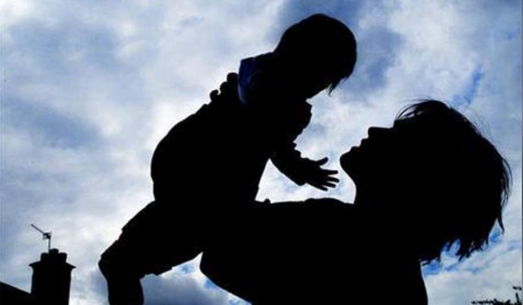 mother-baby-child-reu