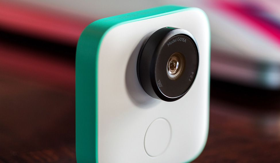 Google Clips Auto-Shooting AI Camera Goes On Sale, Now Waitlisted