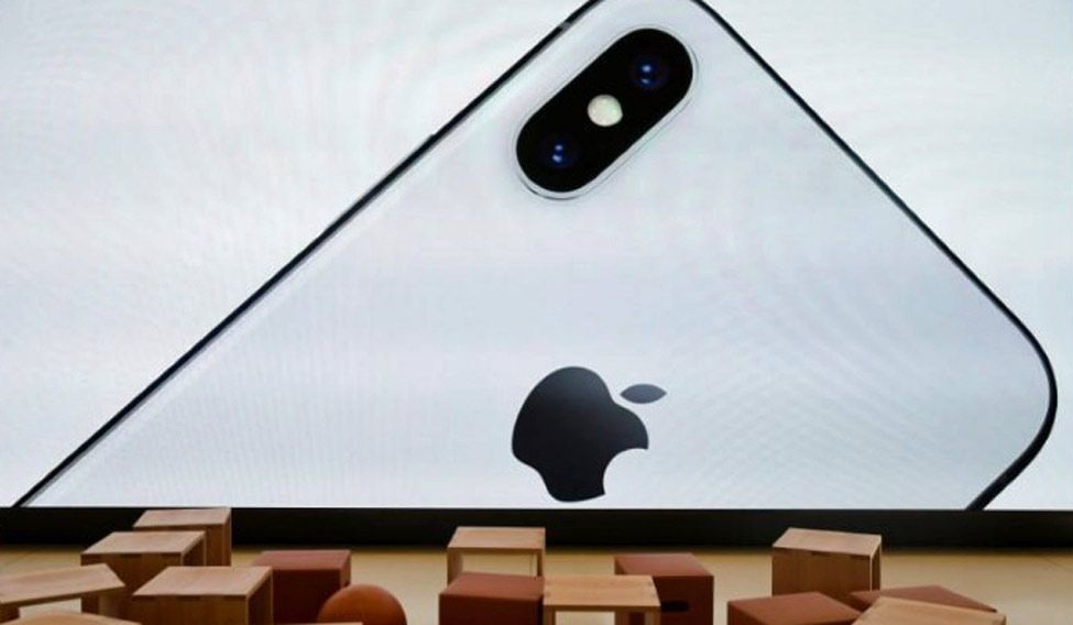 iPhone addiction may be a virtue, not a vice for investors