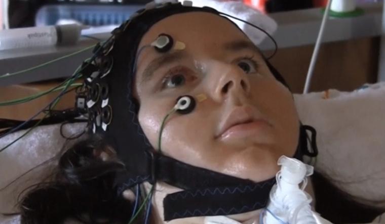 paralised-patient-brain-computer-interface-reu