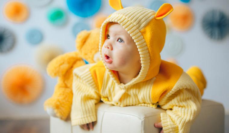 Smart jumpsuit provides info on infants' movement