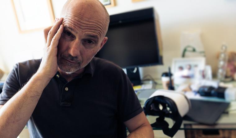 Emotional storyline can reduce virtual reality cybersickness: Study