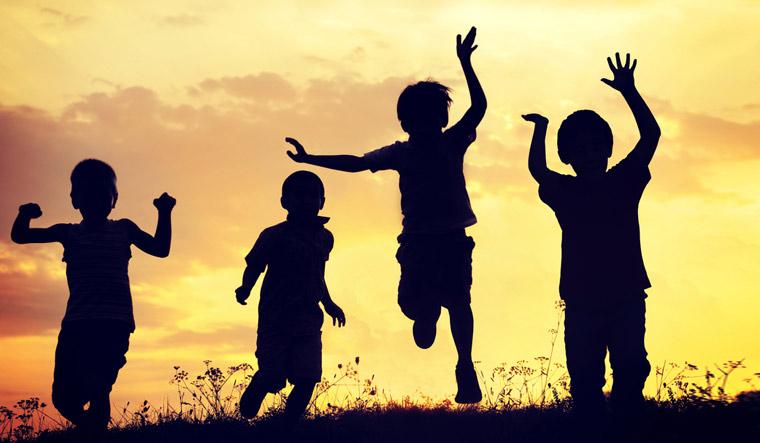 children-play-nature-kids-free-run-shut