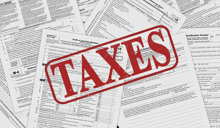 tax-taxman-income-tax-dept-coporate-service-tax-money-business-finance-ministry-shut