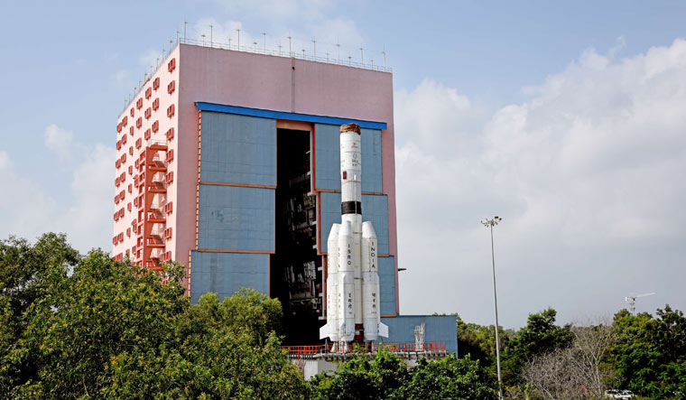 Geosynchronous-Launch-Vehicle-GSLV-MkIII-GSLV-F10-ISRO