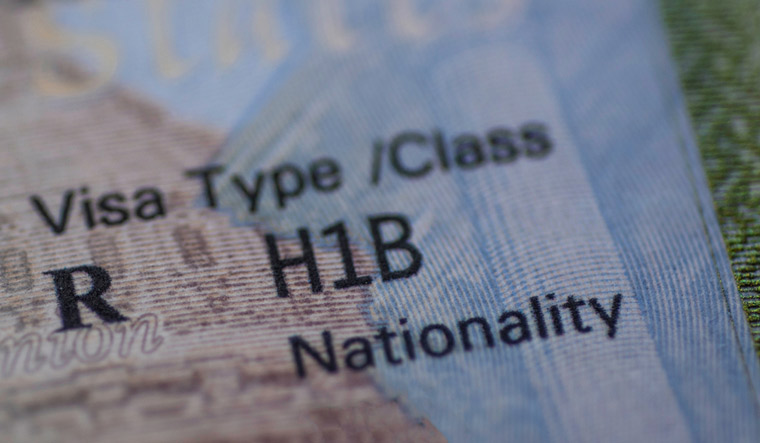 Stamp-H1B-USA-Worker-Visa-usa-H-1B-shut