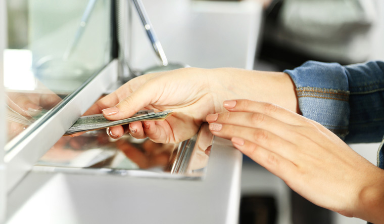 banking-cash-transaction-bank-finance-teller-cash-deal-shut