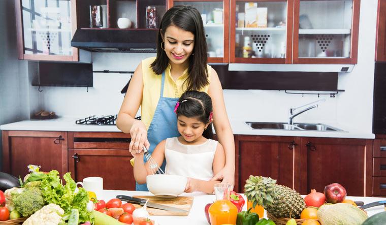 cooking-child-girl-kitchen-fruits-vegetables-shut