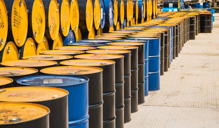 crude-oil-barrel-shut