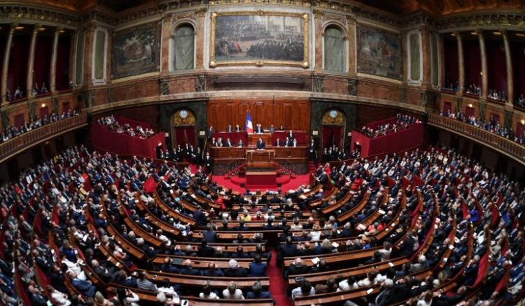 French parliament OKs restaurant Covid-19 pass, vaccine rules
