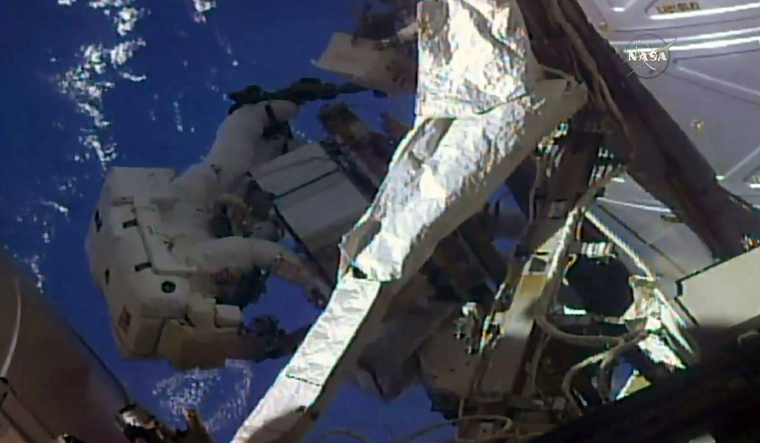 USA  spacewalkers to swap, check coolers 'Leaky' and 'Frosty'
