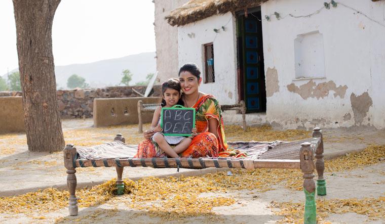 indian-mon-mother-daughter-girl-education-life-shut