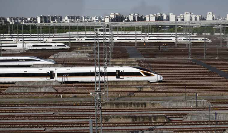 Shanghai-Bullet-Trains-reuters