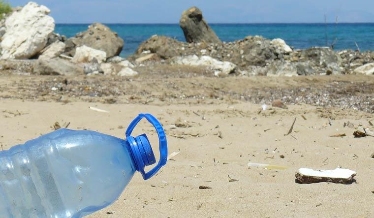 plastic-bottle-pixabay