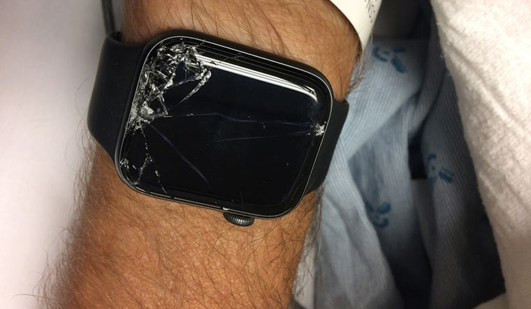 This Apple Watch feature saves life of biker after fatal accident