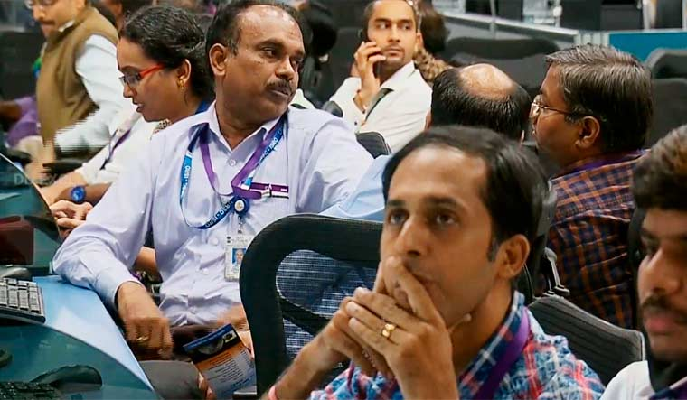 ISRO-scientists-reaction-vikram-silent-chandrayaan
