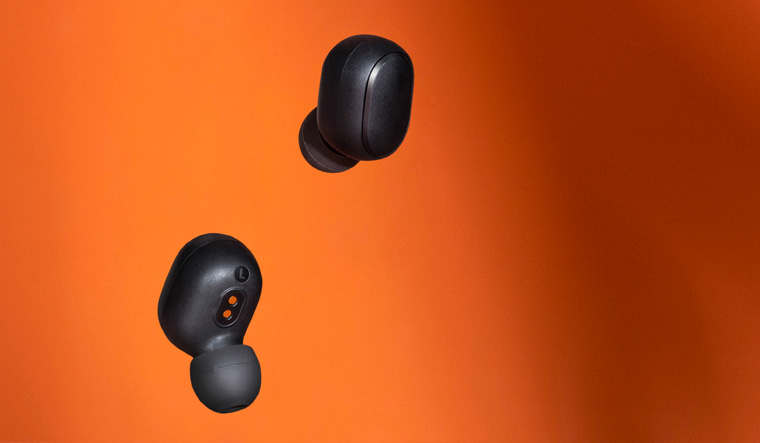 Xiaomi launches wireless Redmi Earbuds S, competes with Realme Buds Air Neo