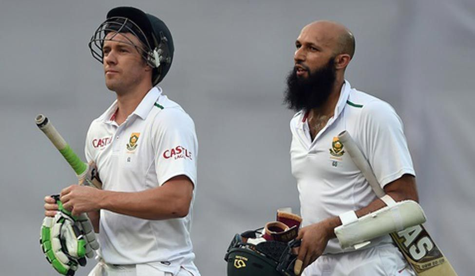 South Africa battle to avoid defeat in fourth Test