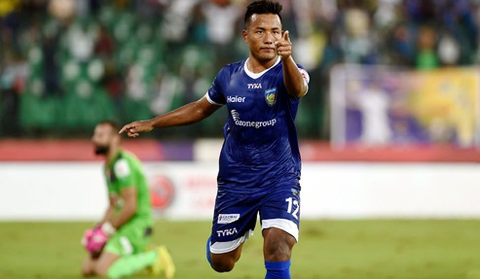 Chennaiyin maul Mumbai City 3-0 to keep semis hope alive